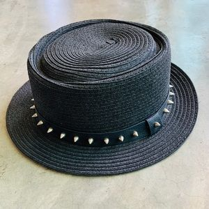Accessories - Hat with Spiked Brim